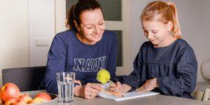 moeder en dochter oefenboek